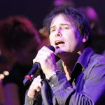 Muere Jimi Jamison, cantante de Survivor y voz de la canción de Los Vigilantes de la Playa http://t.co/xjUsNNCsMb http://t.co/RptxEDHJOS