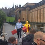 RT @SiDedman: Jim Murphy greeted by Sun reporter in a chicken costume #indyref http://t.co/oyiBJvG2yj