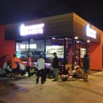 RT @KevinTakumi: Theyre lined up and waiting 5am opening at the new SM Dunkin Donuts http://t.co/Aez2XGROcy
