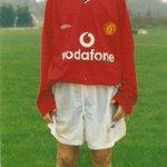 RT @UnitedMansion: Foto hari pertama si Pinter berseragam United, 14 tahun lalu. (via Andy Mitten) https://t.co/bfQB2HEpL7