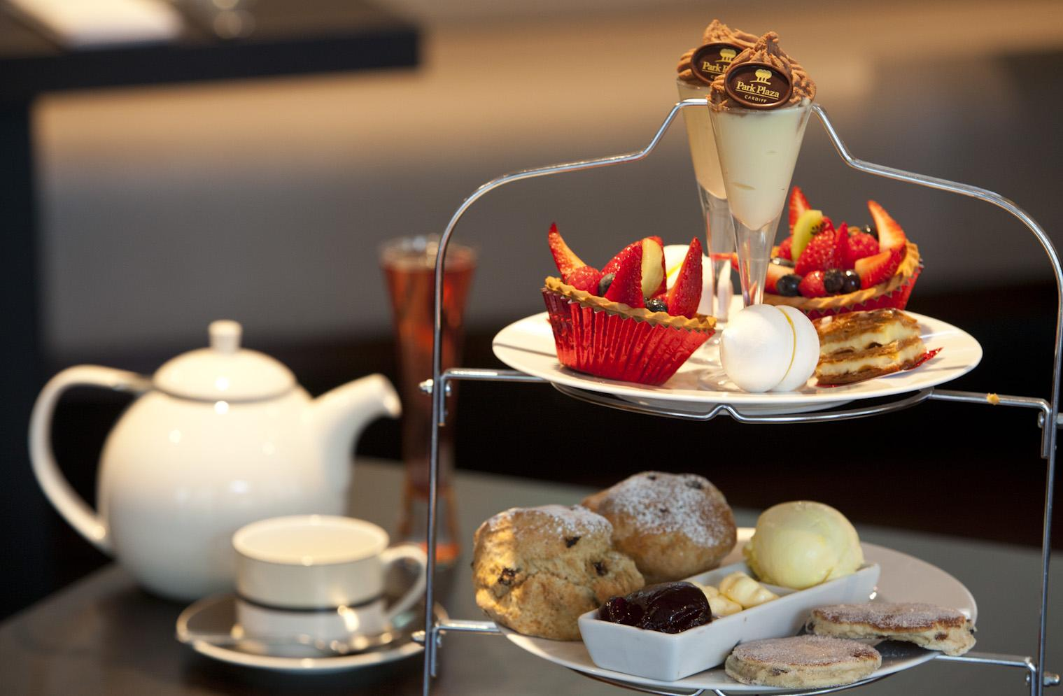 The only thing better than Afternoon Tea is... Champagne Afternoon Tea! To book call 02920 11 11 03 http://t.co/hrVLLWuMAa
