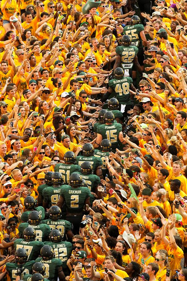 #BaylorNation, check out this awesome photo slideshow from the #McLaneKickoff! http://t.co/yXRcE8NWrv #Baylorfootball http://t.co/qIxYFdbVMc