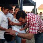 117 familias de pueblos originarios recibieron ayer su vivienda de manos del Gobernador @UrtubeyJM . @ConfluirSalta http://t.co/mNuC2ANKuO