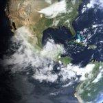 Así México en este momento. Muchas nubes y la Tormenta Tropical #Dolly en el Golfo... http://t.co/wzXEP5wPM9