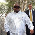 RT @JornalOGlobo: Condenado, Cee-Lo Green diz que estupro não pode acontecer se a vítima estiver inconsciente. http://t.co/FsJn95Nbue http://t.co/f7mfLVcCBD