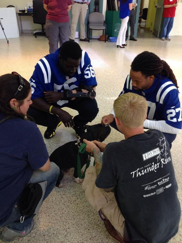 The @Colts are here for @coltscommunity Tuesday, and they're trying out a new team-huddle! http://t.co/62tgrrQlCI