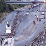 MT @FossilFThreats Citizens blockading full #Bakken oil train from departing Everett WA #greens4rails #oilbyrail http://t.co/d8LbnOnxg4
