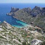 """RT @katejean2: """"@MarseilleGreet: Vacances : 5 lieux incontournables de #Marseille http://t.co/eVaR7f2ol5 http://t.co/LvsuS8mZbC"""""""