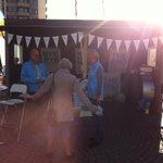 RT @ShashikaNP: I valstugan i Vällingby med @UllaHamilton och glada moderater! Cyklat över en mil! #08pol #hamilton2014 http://t.co/hag8Ej8MWq