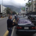 EXTRA @NoticiasSB1 #2S Trancada la Principal de Los Ruices (Av Diego Cisneros) por protestas de motorizados http://t.co/lFkJT6rKgq