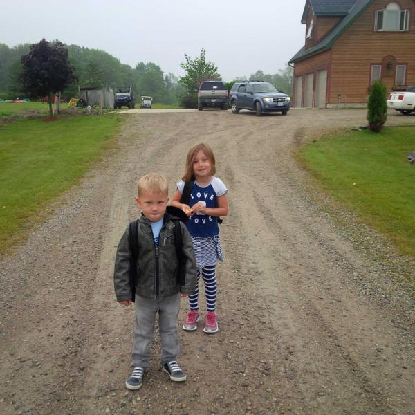 Kids first day of school. :( http://t.co/gQCfunrp9f
