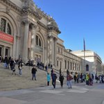 Beat the heat in #NYC and stay cool at museums along #MuseumMile! http://t.co/2he6A7v6gd http://t.co/J37lDhF0A3