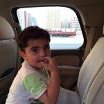 """صور / طفل مفقود """"لا يتكلم"""" يسلمه المواطن خالد الأسود لمخفر الفروانية وعلى ذويه تسلمه من هناك. http://t.co/zRdPvJGvgx #الكويت"""