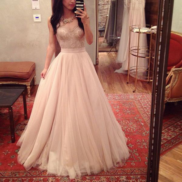 And the dress search begins! Trying on separates in rose gold @BHLDN @Wattersdesigns http://t.co/l4IFl76Av8
