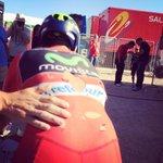 RT @lavuelta: #FuerzaNairo @Movistar_Team @NieveMikel #LaVuelta http://t.co/a0W7LHanek