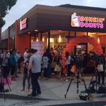 RT @Localite_LA: Shes finally here! RT @kcrw The first of 200 @DunkinDonuts planned for California opened this morning in Santa Monica http://t.co/pHow4LMI8X
