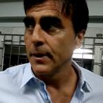 RT @ecuavisa: Árbitros ecuatorianos piden que se sancione al Dt. Gustavo Quinteros. Aquí los detalles http://t.co/TVL6ZTzQLy http://t.co/20jrXbNxmG