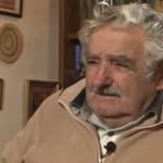 """RT @elpaisuy: #Mujica: Promesas de campaña son """"Alicia en el País de las Maravillas"""" - http://t.co/P2LMU0dWWE http://t.co/iFO0vF7x8I"""