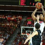 Rose scored 2 points and dished 2 assists in 5:49 of game action in the first half vs. New Zealand. http://t.co/BFzoKMv7nw