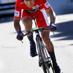 """RT @mundociclistico: Nairo Quintana """"El cóndor"""" llega sangrando a la meta, luego de su violenta Caida en la CRI #Lavuelta http://t.co/AXXA9WS4e1"""
