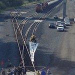 Demonstrators block tracks in Everett. (@MikeSiegel7 /ST) Details here: http://t.co/PWY5rrUn9y http://t.co/F0dRVSG5XY