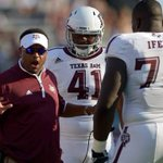 AP poll: Texas A&M makes big jump, Oklahoma holds its ground http://t.co/WGNaEbu5lD http://t.co/ITqzQY8iY1