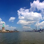 RT @NewYorkHabitat: A great shot of the Statue of Liberty and #NYC skyline via @aNYTaxiCab http://t.co/PxCcGXwfhF