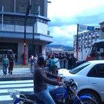 RT @lucho3008: ¡¡DESCONTENTO POPULAR!! #2S #Caracaas Refugiados de La Rinconada protestan en las adyacencias de Miraflores http://t.co/9279xVkCkk