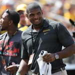 """RT @Slate: Michael Sam Signs With Dallas Cowboys, Where """"Distractions"""" Arent a Bad Thing http://t.co/pnWw95xjbm http://t.co/7MU5a2ZApy"""