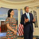 RT @sertvnoticias: @IsabelStMalo y @JohnKerry conversan sobre puntos a tratar en VII Cumbre de las Américas. http://t.co/sKFOFoLEz0