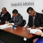 RT @ecuavisa: Declaran culpable Jorge Glas Viejó por el delito de violación (foto: API) http://t.co/aAGPRfyQR6 http://t.co/VmBfbzykEd