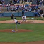 RT @MLBFanCave: #LLWS star Mone Davis fired a perfect strike at Dodger Stadium. WATCH: http://t.co/gSa8xNeJ6h http://t.co/Xwh6LC6ZIy