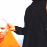 'Islamic State' fighters murder second US reporter This and more on todays The wRap: http://t.co/YIM0m5oOQx http://t.co/raKw1Xt3oW
