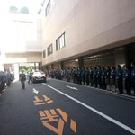 RT @IndianDiplomacy: Good bye honoured guest. Entire staff of hotel gather to bid farewell to @PMOIndia in Tokyo. http://t.co/vrxiRJZ0Uj
