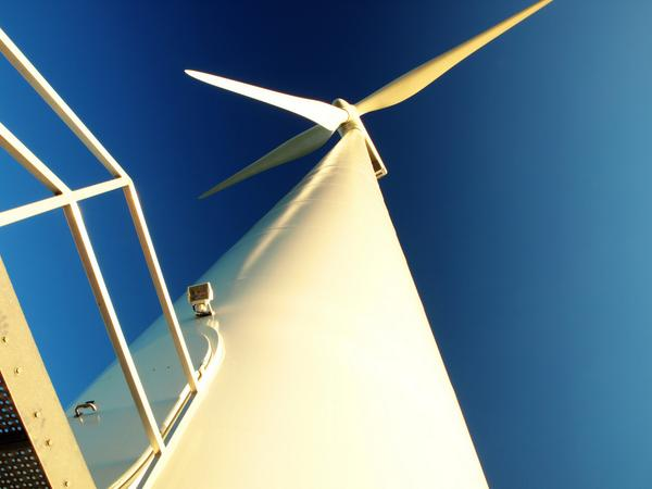 China leads the world's new #renewable energy records and is set to continue: http://t.co/dl9h5CA5jS #Cleantech2014 http://t.co/NDpzBF8IaP