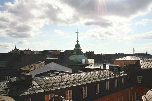 Σήμερα στόχος του #aegeanitraveller είναι να κάνει tour στις στέγες της Στοκχόλμης! http://t.co/7iwTHewfbP http://t.co/pMrNW24fEs