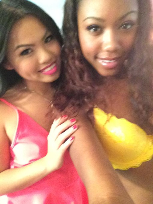 I love me some interracial sex with @chanellheartxxx for @danavespoli! http://t.co/jWfMvP2E0V