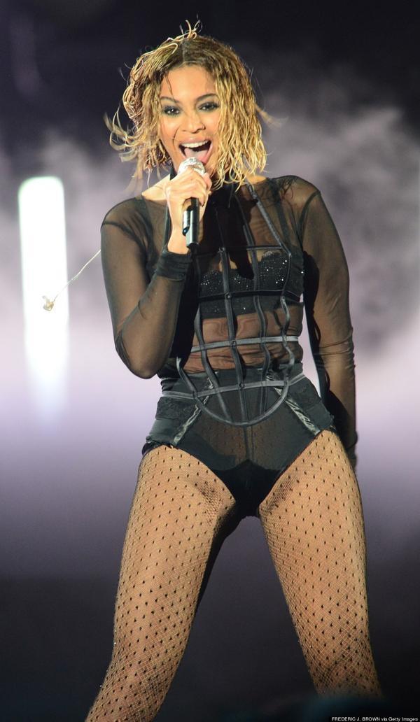 Skyrock  (@SkyrockOfficiel): Happy Birthday @Beyonce ! Elle fête aujourd'hui ses 33 ans. http://t.co/hCETyW60Ts