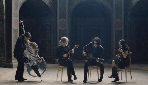 WE PUT JACK WHITE IN A FRENCH CASTLE! (And we filmed him obviously) Watch it now on Blogo http://t.co/cCxm8fr3i1 http://t.co/WrrMY3SYH3