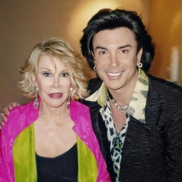 @JoanRivers forever the queen of comedy. She inspired my career and helped begin my 30 year career. #joanrivers http://t.co/zAOUrSgtB7