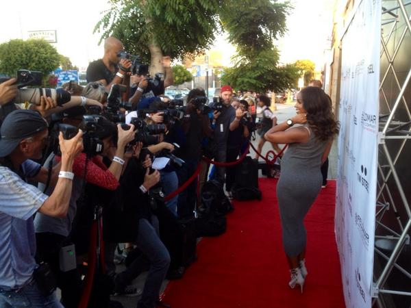 She's here! #BigTime reception for @KELLYROWLAND here at the stunning @feldmarwatch in LA @twsteel http://t.co/9GQA3UilkQ