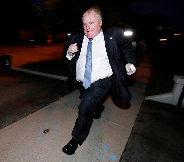 He's the hero Toronto deserves. http://t.co/87jPKgA0Hi