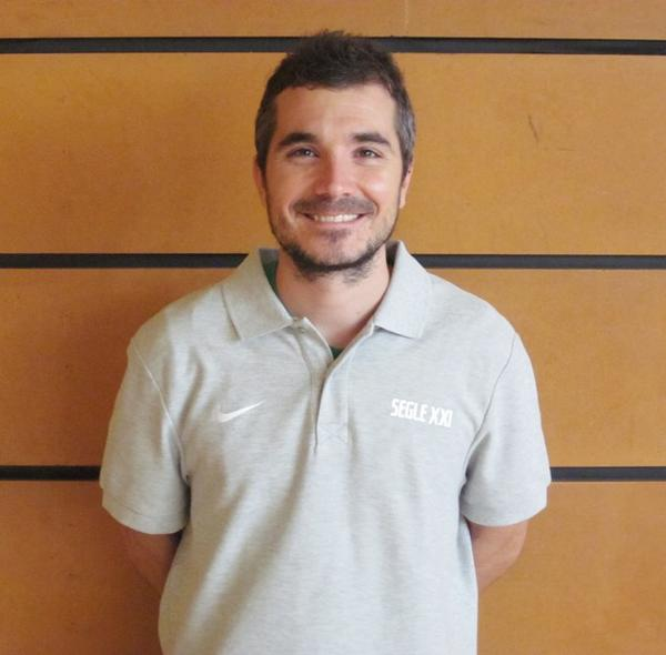 FCBQ (@FCBQ): Javi Torralba @CoachTorralba s'incorpora al cos tècnic del programa #SegleXXI Benvingut! http://t.co/6qgp70Y3Ls http://t.co/gMTHb9wtXj