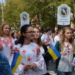 RT @obozrevatel_ua: В Мариуполе прошли парады техники и вышиванок. Фото и видео: http://t.co/1veXvkfrjx #Обозреватель #новини #новости http://t.co/ICyNYx76F5