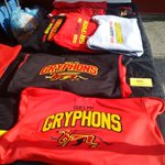 RT @lisaw33: @UofGalumni coming to #UofG #Homecoming today, dont forget to pick up Gryphon gear: inside gates + at alumni tent http://t.co/Vq7VYIGU5G