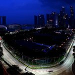 The arteries of the Lion City are set to come alive with the power of #F1. #SingaporeGP quali, just 5 minutes away. http://t.co/2v80CFjba2