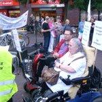 Demonstratie Stop Afbraak Zorg (20-09-2014) Bastaanplein, een handje vol mensen waren aanwezig http://t.co/BPQejMbm93