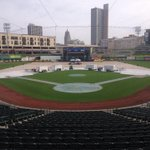 RT @minorleaguenutt: 3 hours until doors open for Country Fest @ Parkview Field. 13,500 fans will be rocking to live music in downtown FW http://t.co/IWzbqlexLQ