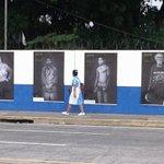RT @OscarMachon: La obra de @marvinrecinos en la 49 Av. Sur, S.S., frente al Estadio Mágico González. http://t.co/OBuwIwJ379