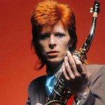 RT @Estadao: David Bowie e Foo Fighters ganham dias oficiais em cidades norte-americanas http://t.co/1lwgYM3wEw http://t.co/Kjxh9h9FLS
